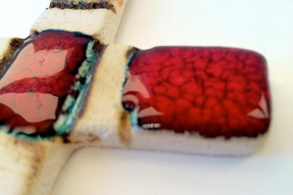 Crocifisso in ceramica 2