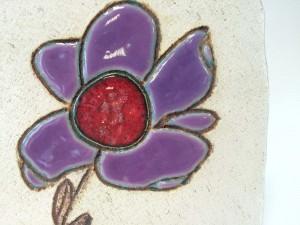 Piastrella fiore, supporto in faggio